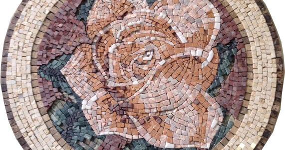 Rosetone em mármore